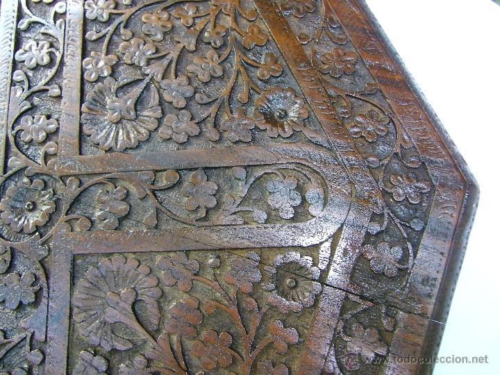 Antigüedades: TABLERO MESA OCTOGONAL LABRADO - Foto 3 - 50649611