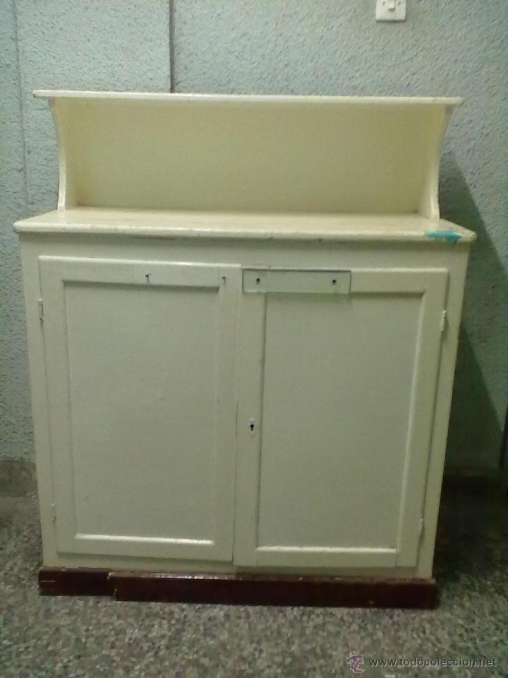 Aparador de cocina para restaurar comprar aparadores for Restaurar muebles antiguos