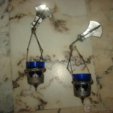 Antigüedades: PAR DE LAMPARITAS VOTIVAS MODERNISTAS. Lote 50725469