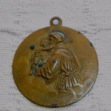 Antigüedades: ANTIGUA MEDALLA DE COBRE SAN ANTONIO CON EL NIÑO JESÚS, MEDIDAS: 3'5 CTMS. Lote 50772801
