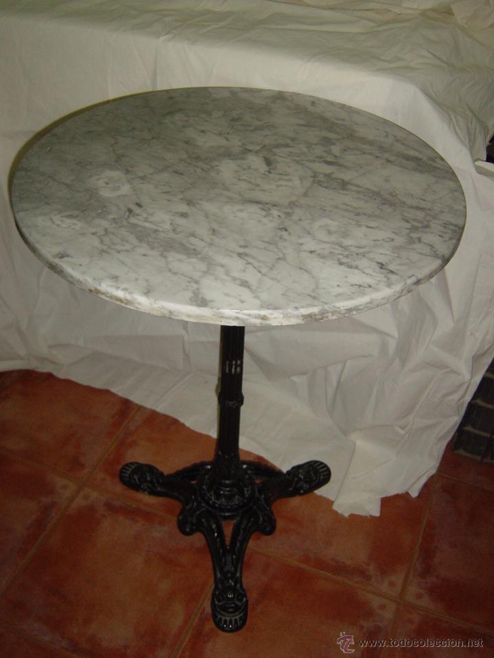 Antigua mesa de bar mesa redonda con el sobre d comprar for Todo sobre el marmol