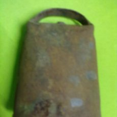 Antigüedades: CENCERRO HIERRO BADAJO MADERA. Lote 50790141