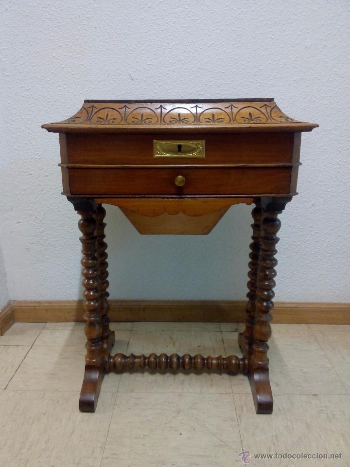 Antiguo costurero isabelino reci n restaurado comprar - Comprar muebles antiguos ...