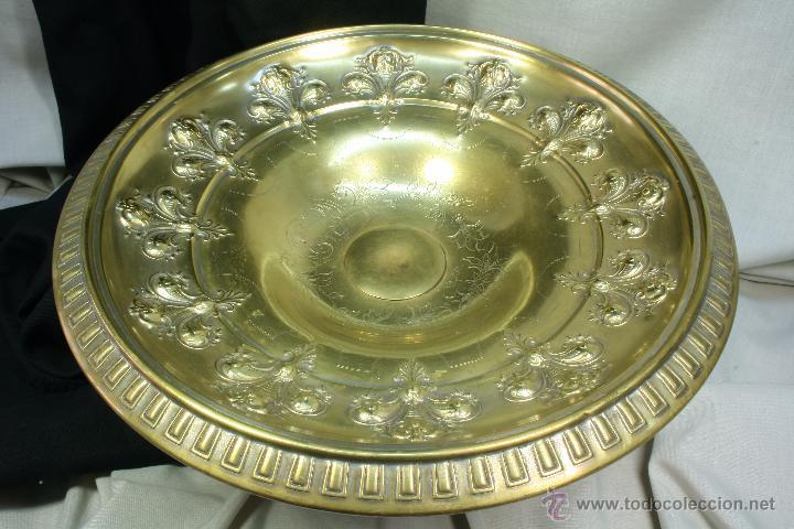 Antigüedades: Centro de mesa. Latón. Frutero. Art Nouveau. - Foto 7 - 50918357