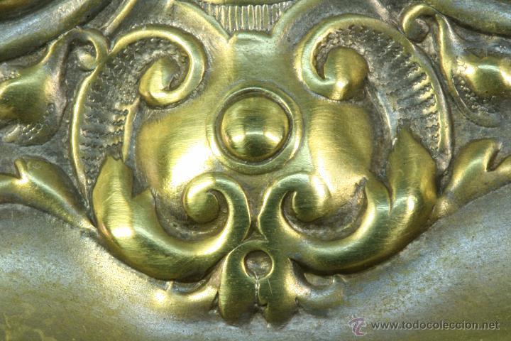 Antigüedades: Centro de mesa. Latón. Frutero. Art Nouveau. - Foto 8 - 50918357