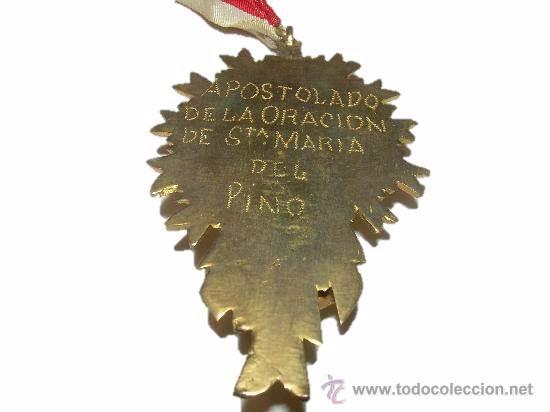 Antigüedades: ANTIGUA Y BONITA MEDALLA DE BRONCE APOSTOLADO DE LA ORACION DE STA.Mª. DEL PINO - Foto 2 - 45041732