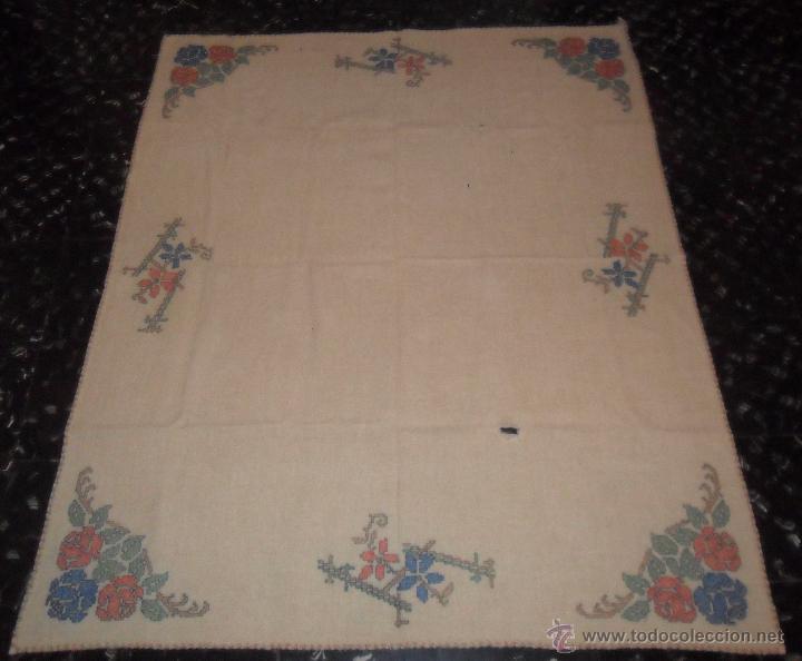 Antigüedades: Antiguo mantel bordado - Foto 2 - 50968037