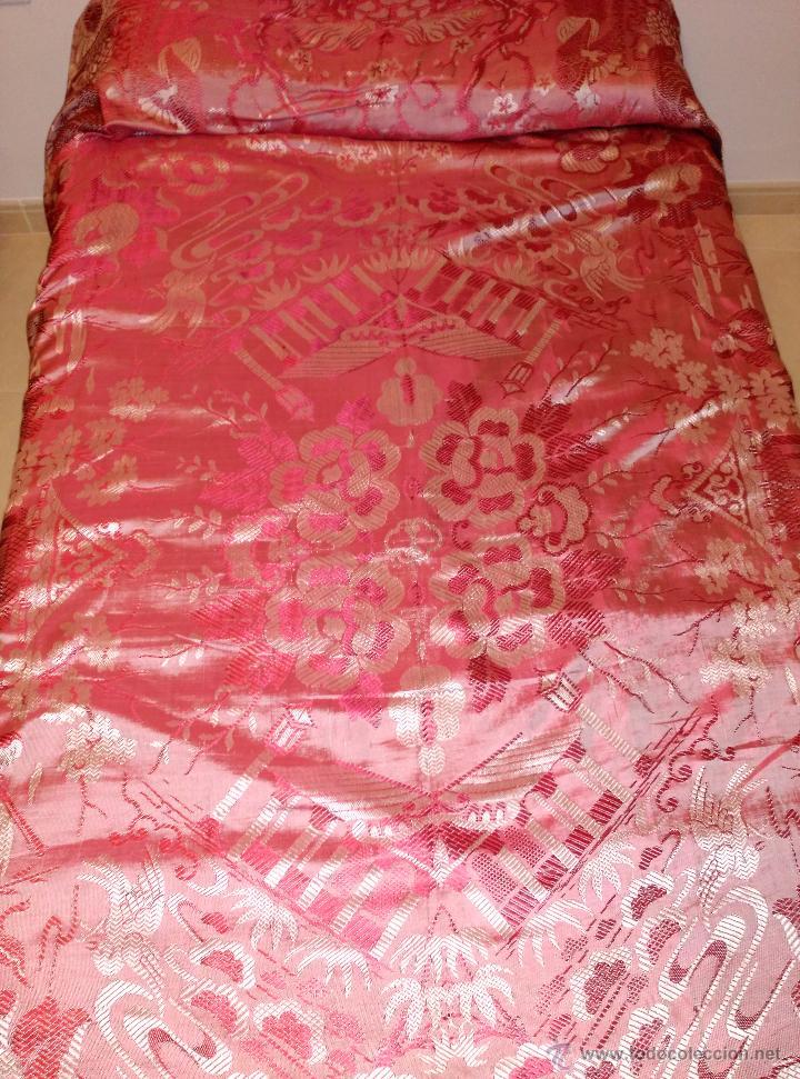 COLCHA ANTIGUA TIPO SEDALINA CHINESCA (Antigüedades - Hogar y Decoración - Colchas Antiguas)