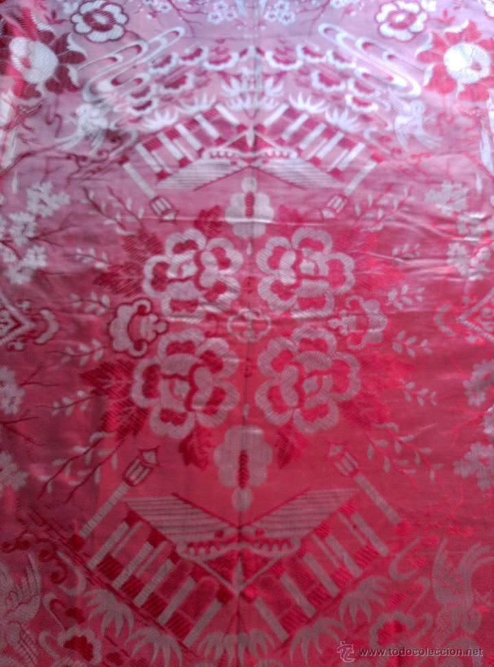 Antigüedades: Colcha antigua tipo sedalina chinesca - Foto 10 - 50980129