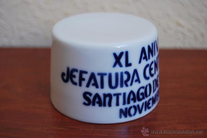 Antigüedades: FIGURA DE SARGADELOS - PEANA - XL ANIVERSARIO JEFATURA CENTRAL TRÁFICO SANTIAGO DE COMPOSTELA - 1999 - Foto 3 - 51018279