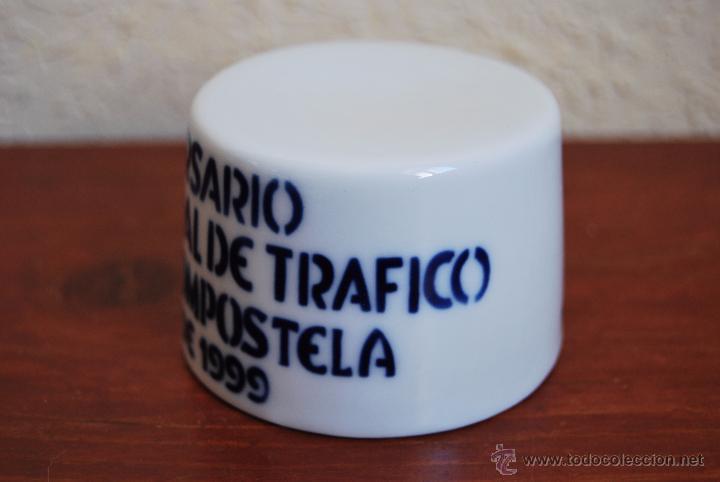 Antigüedades: FIGURA DE SARGADELOS - PEANA - XL ANIVERSARIO JEFATURA CENTRAL TRÁFICO SANTIAGO DE COMPOSTELA - 1999 - Foto 4 - 51018279