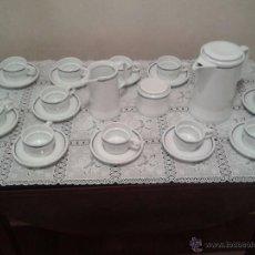 Antigüedades: JUEGO DE CAFE COMPLETO PORCELANAS BIDASOA 27 PIEZAS. Lote 51018664