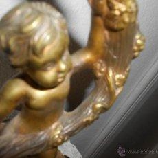 Antigüedades: CANDELABRO PORTAVELAS DE ESTAÑO O CALAMINA DORADO . Lote 51028198
