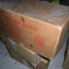 Antigüedades: ANTIGUA CAJA GRANDE DE SUIZA COMESTIBLES . Lote 51037130