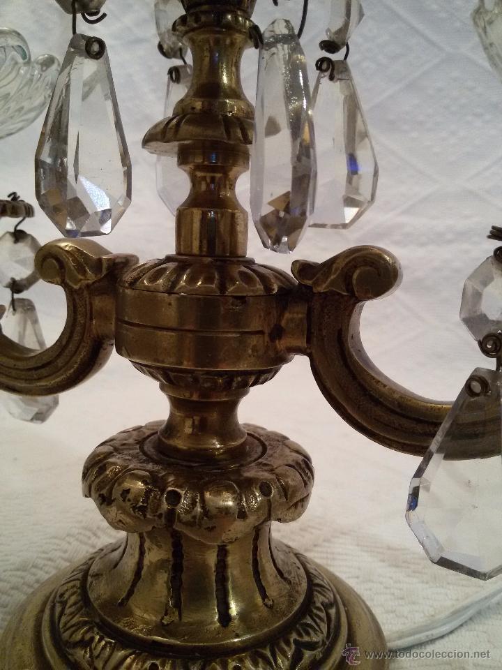 Antigüedades: ANTIGUO CANDELABRO EN BRONCE-LABRADO-DOS PISOS-3 LUCES - Foto 4 - 51054126