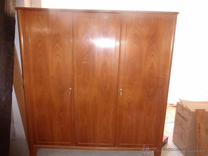 Puertas de segunda mano de madera free puerta corredera - Armario antiguo segunda mano ...