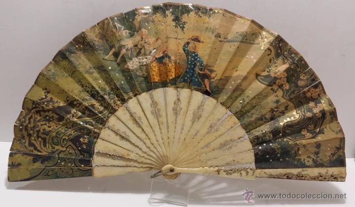 Antigüedades: ANTIGUO ABANICO TALLADO EN HUESO PAIS DE PAPEL BORDADO EN SEDA EN RELIEVE - SIGLO XIX - Foto 9 - 51066599