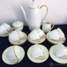 Antigüedades: JUEGO ANTIGUO DE CAFE EN PORCELANA DE BAVARIA SELLADO ARZBERG. Lote 51088821