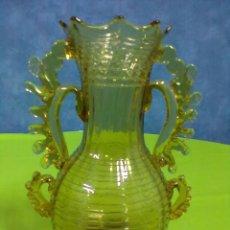 Antigüedades: JARRON CRISTAL SOPLADO CATALAN. Lote 51117566