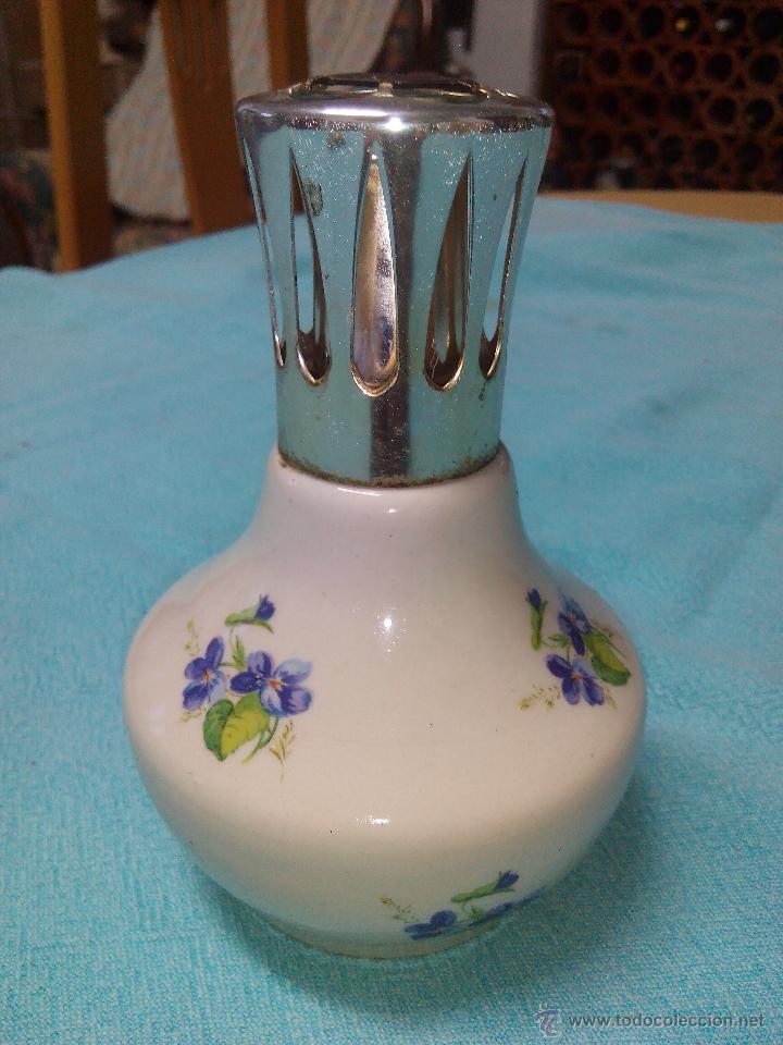 Antigüedades: PERFUMERO LAMPE BERGER france COLECCIÓN PORCELANA DE CHANTILLY TAPÓN METAL plateado.COMPLETA . - Foto 2 - 51121938