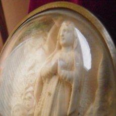 Antigüedades: MEDALLON ,OVALADO,C.1900, CON NTRA. SRA. DE LOURDES 9X7. Lote 51160216