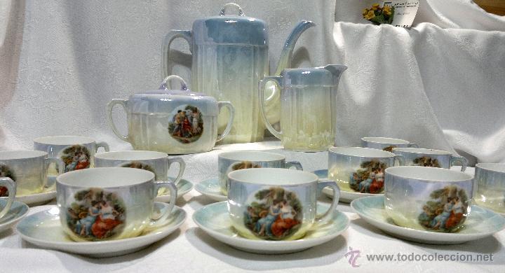 Antigüedades: ANTIGUO Y COMPLETO JUEGO DE CAFÉ, DOCE SERVICIOS, EN PORCELANA. - Foto 25 - 51162324