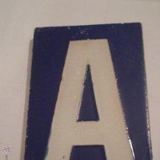 Antigüedades: ANTIGUA LOZA LETRA A.CERAMICA SANTA ANA.RODRIGUEZ DIAZ.S.L.TRIANA.SEVILLA.AÑOS 40.. Lote 51164497