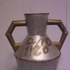 Antigüedades: CANTARO DE METAL ANTIGUO, 1920. Lote 51166302