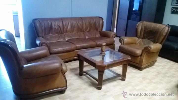Tresillo piel marr n mesa de centro sof de tr comprar for Muebles el tresillo