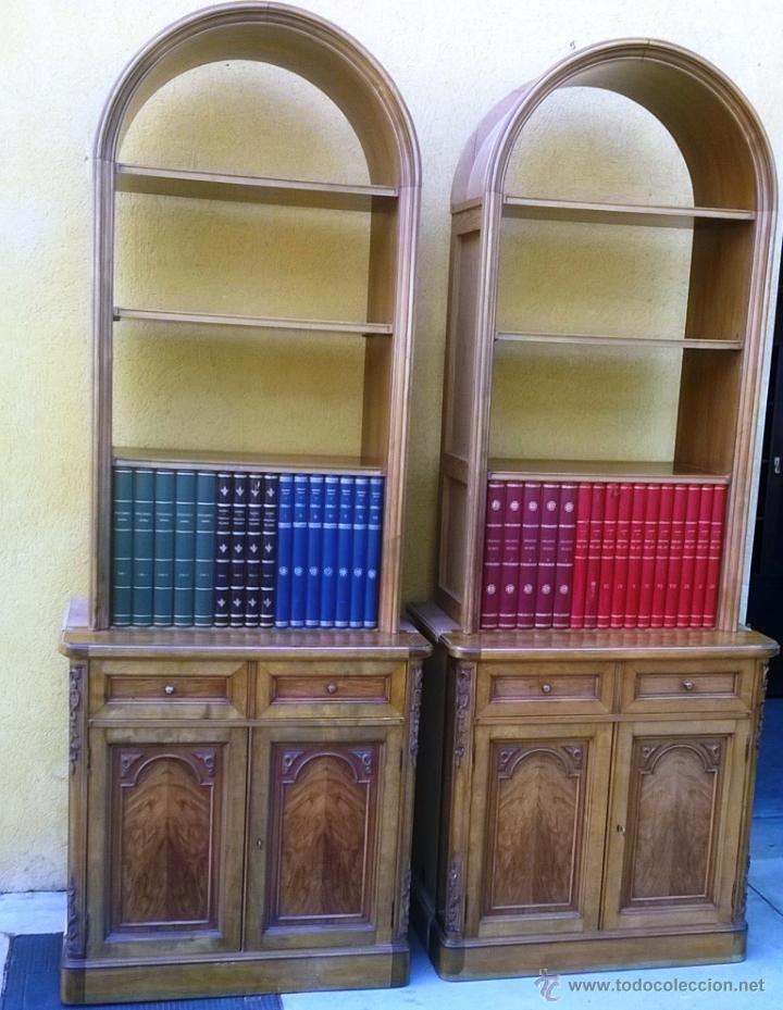 PAREJA DE LIBRERÍAS/ ESCRITORIO, MADERA Y PIEL (Antigüedades - Muebles Antiguos - Repisas Antiguas)