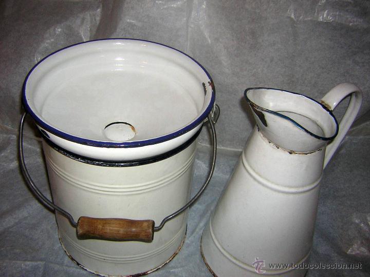 Antigüedades: ANTIGUO CONJUNTO DE CUBO Y JARRA DE LAVABO PARA DECORACIÓN RUSTICA .- - Foto 2 - 143976274