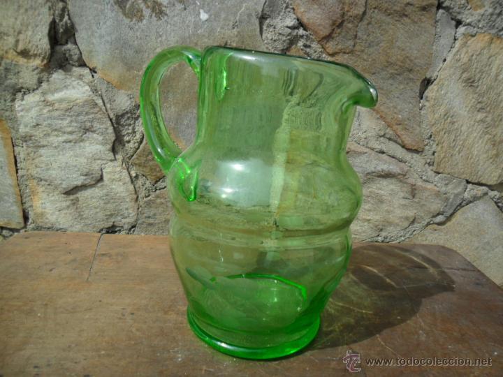 Antigüedades: JARRA DE CRISTAL VERDE CON TALLADO DE FLORES ESTILO MODERNISTA ANTIGUA - Foto 3 - 51189633