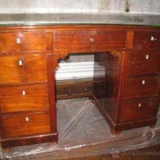 Antigüedades: ESCRITORIO ISABELINO DE CAOBA.. Lote 51218307