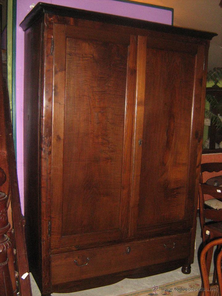 Armario rustico segunda mano awesome armario puertas correderas armario ropero habitacin - Armarios antiguos baratos ...
