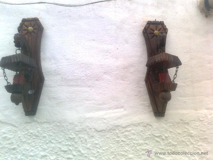 Antigüedades: 4 LAMPARAS PORTAVELAS ANTIGUAS EN MADERA TALLADA - Foto 3 - 51252723