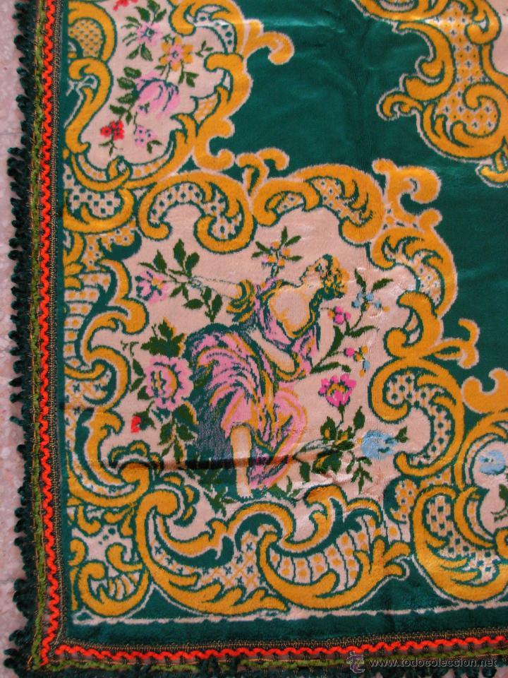 Antigüedades: Muy decorativo tapiz aterciopelado de grandes dimensiones 2,09x1,80cm - Foto 3 - 51252789