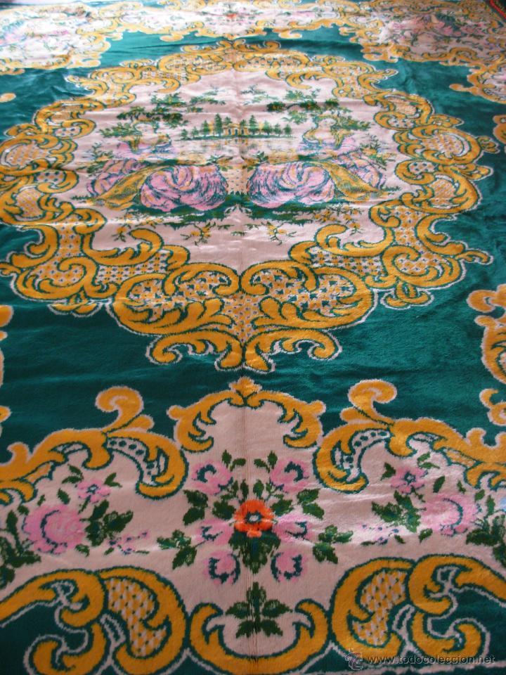 Antigüedades: Muy decorativo tapiz aterciopelado de grandes dimensiones 2,09x1,80cm - Foto 5 - 51252789