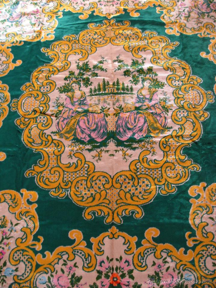 Antigüedades: Muy decorativo tapiz aterciopelado de grandes dimensiones 2,09x1,80cm - Foto 6 - 51252789