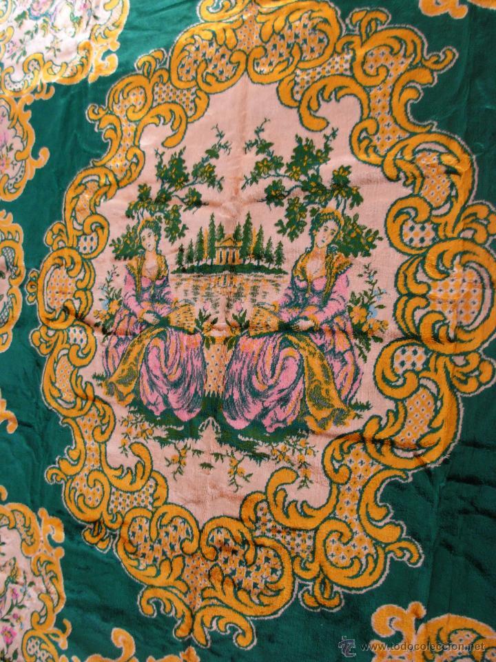 Antigüedades: Muy decorativo tapiz aterciopelado de grandes dimensiones 2,09x1,80cm - Foto 7 - 51252789
