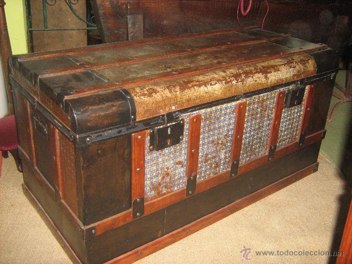 Ba l antiguo en madera y chapa comprar ba les antiguos - Baules antiguos de madera ...
