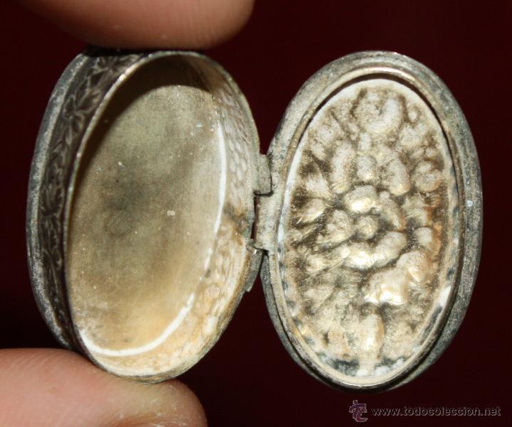 Antigüedades: PEQUEÑO PASTILLERO EN PLATA DE LEY. AÑO 40 - Foto 2 - 51301384