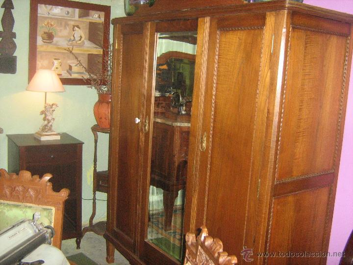Armario antiguo de casta o con 3 puertas y luna comprar armarios antiguos en todocoleccion - Puertas de castano ...