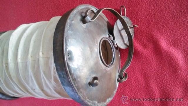 ANTIGUO CURIOSO FAROL EN METAL Y LINO (Antigüedades - Iluminación - Faroles Antiguos)