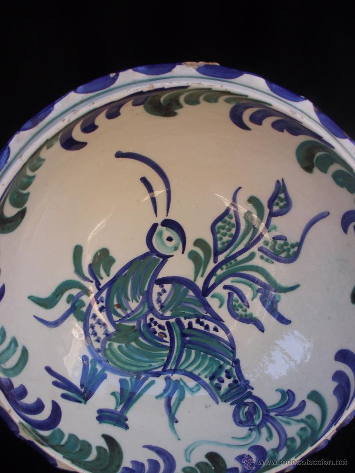 Antigüedades: Gran frutero de cerámica de Fajalauza Granada decorada con ave tonos azul y verde - Foto 2 - 51383241