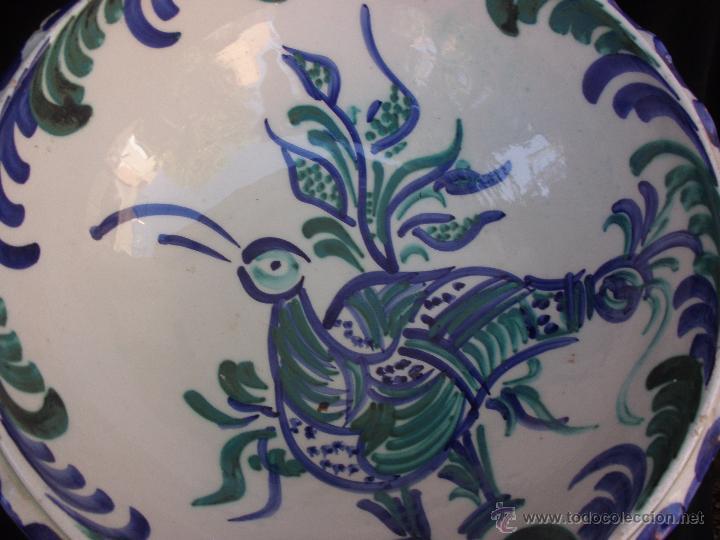 Antigüedades: Gran frutero de cerámica de Fajalauza Granada decorada con ave tonos azul y verde - Foto 6 - 51383241