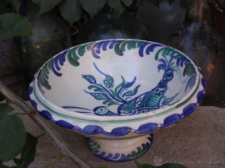 Antigüedades: Gran frutero de cerámica de Fajalauza Granada decorada con ave tonos azul y verde - Foto 10 - 51383241