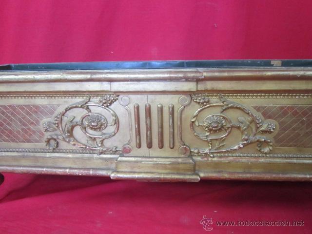 Antigüedades: Preciosa jardinera de finales del s. XIX en madera dorada y estucada. - Foto 3 - 51406454
