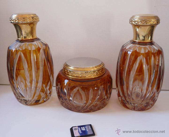 ANTIGUO CONJUNTO DE FRASCOS ASEO EN CRISTAL GRUESO (Antigüedades - Cristal y Vidrio - Bohemia)