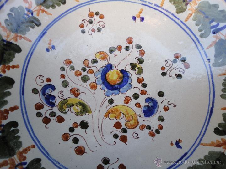 Antigüedades: Cerámica talaverana: Plato firmado Saso - Foto 2 - 51420579