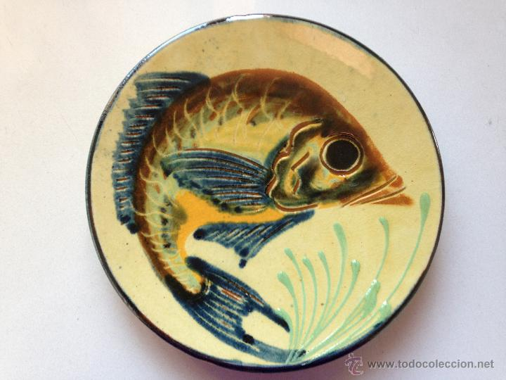 Antigüedades: PLATO DE CERAMICA DECORADO CON UN PEZ. FIRMADO - Foto 2 - 51425764